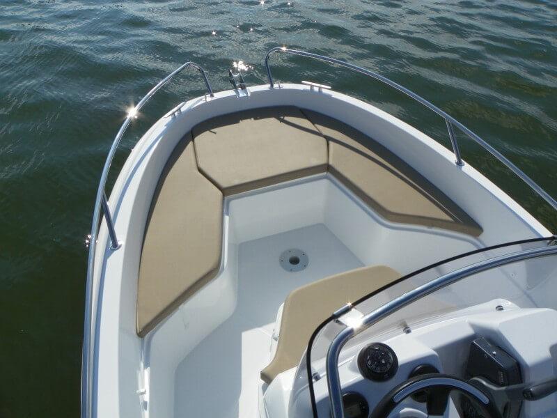 boat-4-7cc_exterieur_2013101810534849