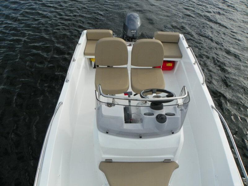 boat-4-7cc_exterieur_2013110715272931