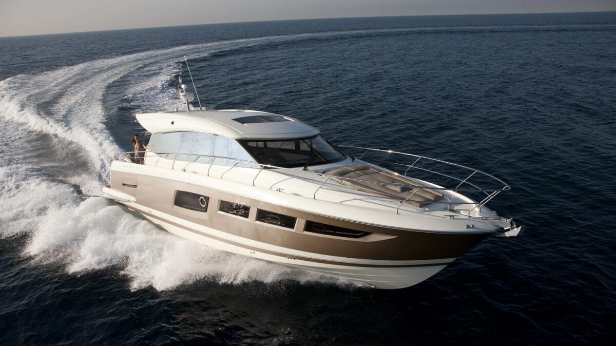 luxury-yachts-prestige_500_s_130572116819ext_gallery