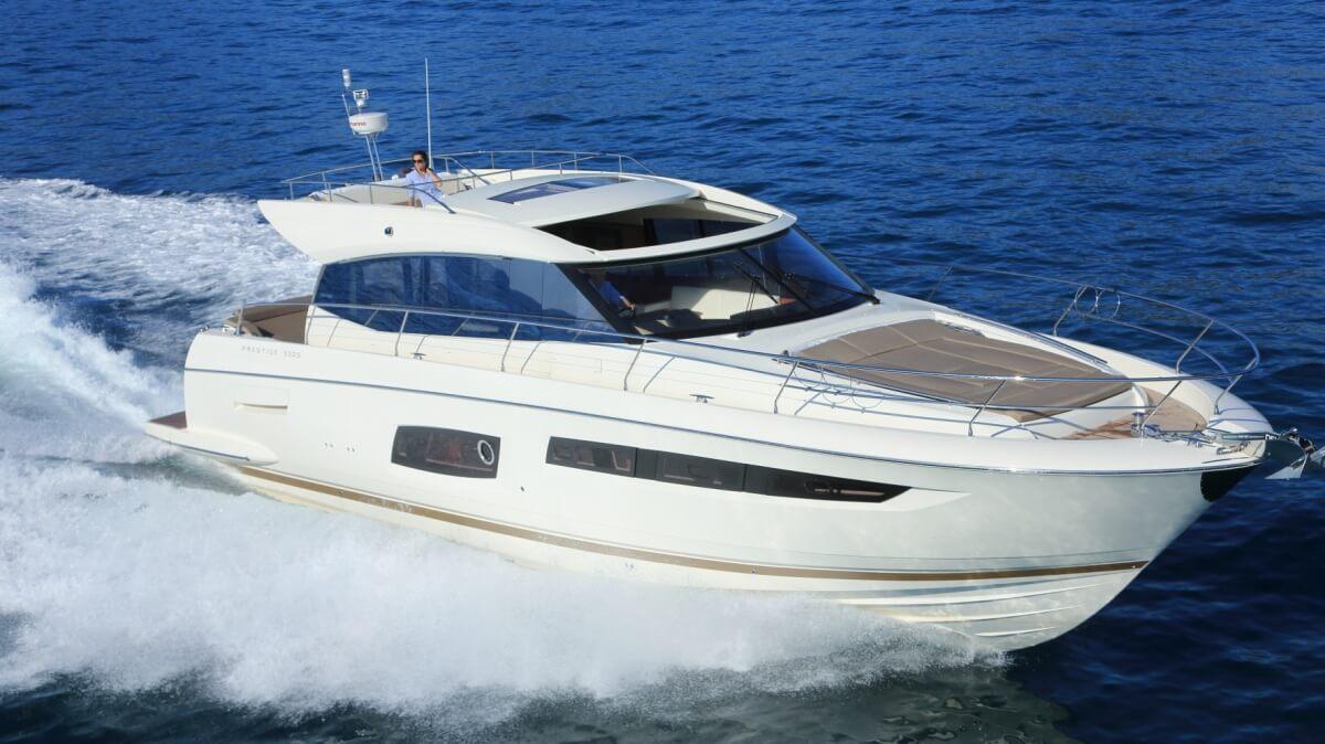 luxury-yachts-prestige_550_s_136558667830ext_gallery