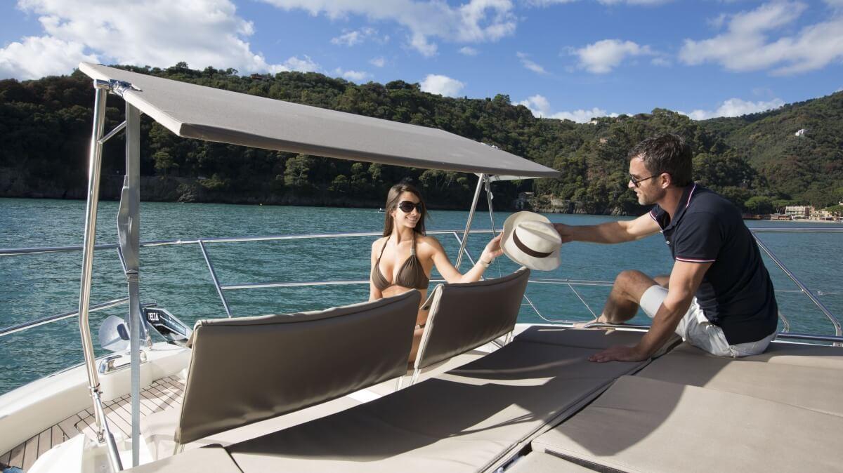 luxury-yachts-prestige_620_13515027034art_gallery