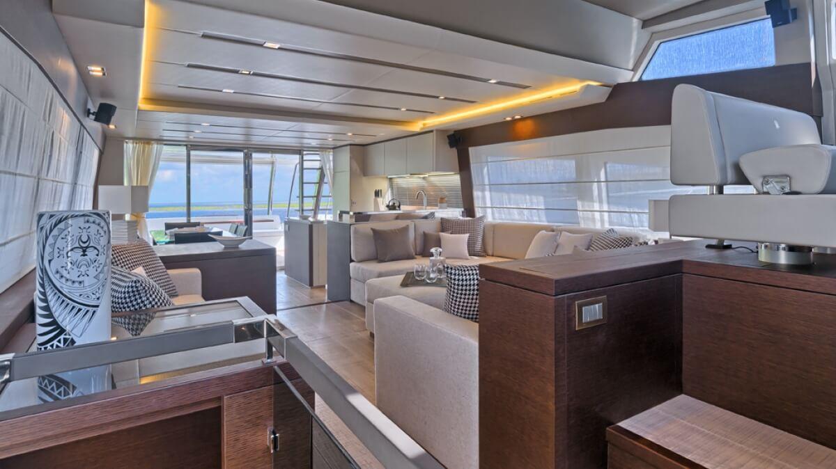 luxury-yachts-prestige_750_14090606743int_gallery