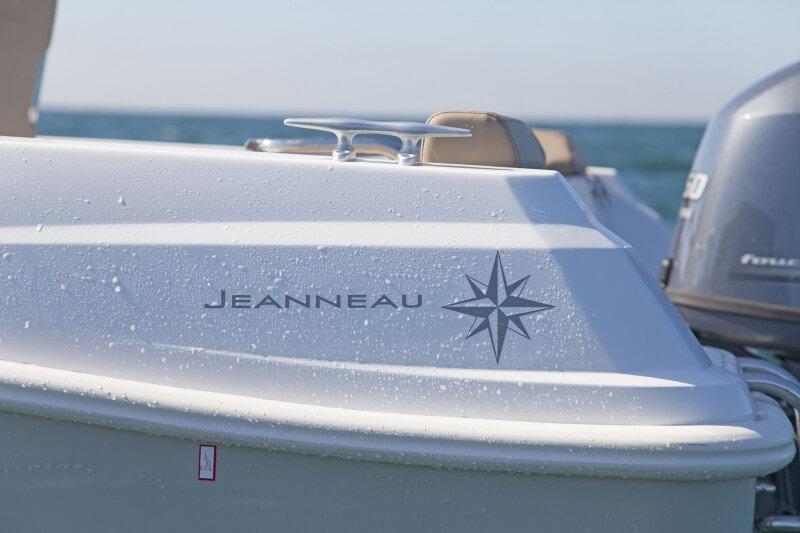 boat-4.7CC_exterieur_2014051510394238
